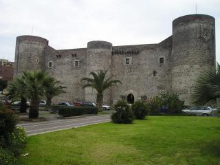 Castello Ursino And Museo Civico