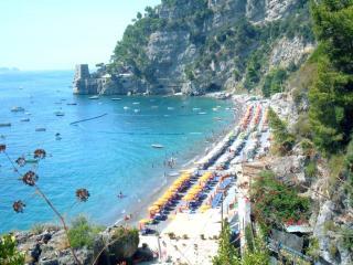 Spiaggia Del Fornillo