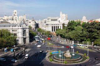 Plaza And Palacio De Cibeles