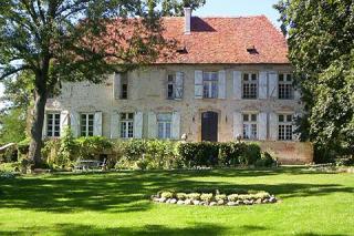 Manor House Of Momas