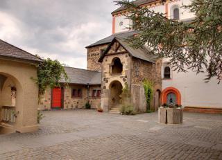 Doppelkirche St. Maria Und St. Clemens