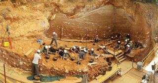 Yacimiento De La Sierra De Atapuerca