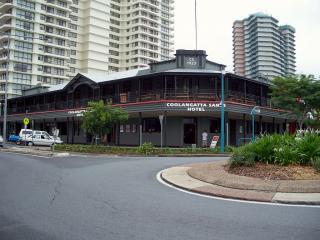 Coolangatta Sands Hotel