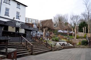 the hobbit pub
