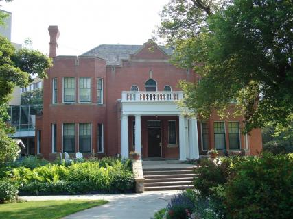 4 Star Hotels Near Rutherford House Provincial Historic