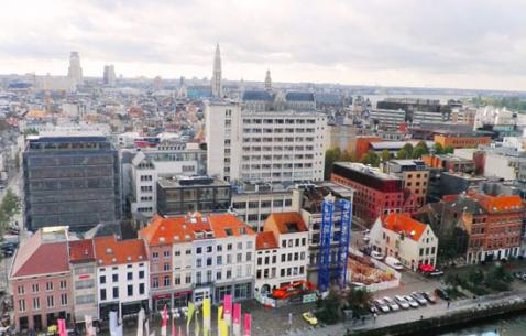 How to get in and get around Antwerp