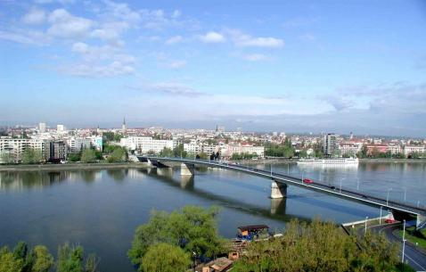 How to get in and get around Novi Sad