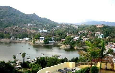 Top Historical Places in Mount Abu