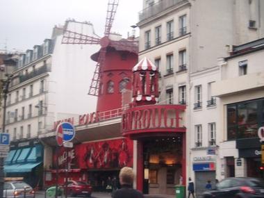 Moulin Rouge Tours