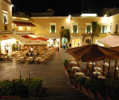 Piazza Umberto I Tours