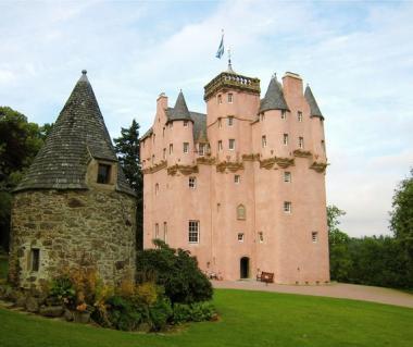 Craigievar Castle  Tours
