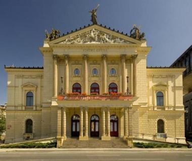 State Opera Tours