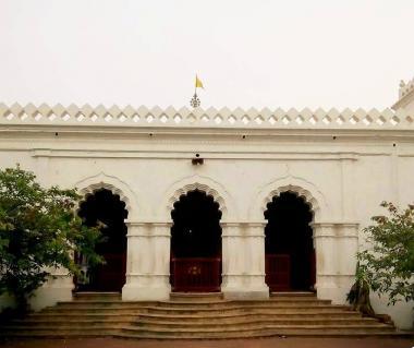Sri Sri Sonar Gouranga Mandir Tours