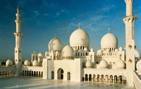Sheikh Zayed Mosque Image