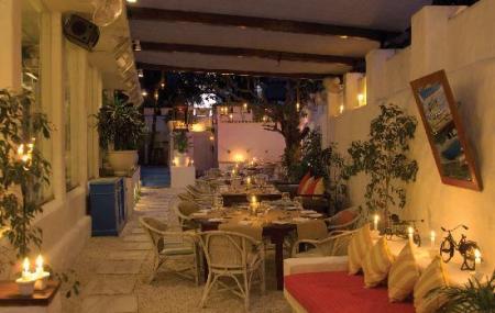 Olive Restaurant Image