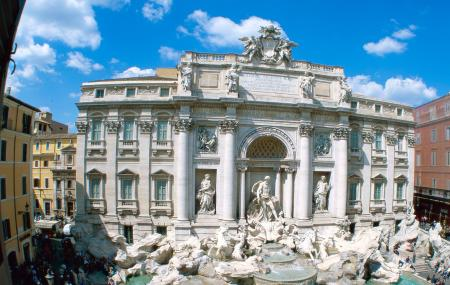 Trevi Fountain Image