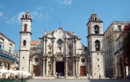 Catedral De San Cristobal Image