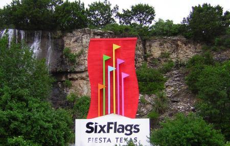 Six Flags Fiesta Texas, San Antonio