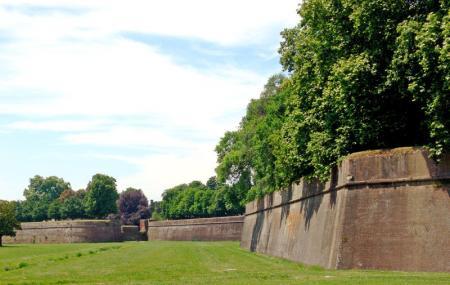 Le Mura Di Lucca, Lucca