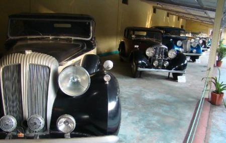 Auto World Vintage Car Museum Image