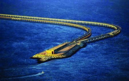 Chesapeake Bay Bridge Tunnel Image