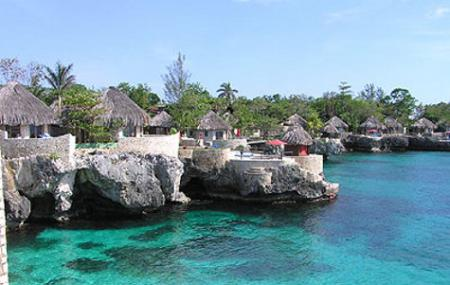Negril Cliff Image