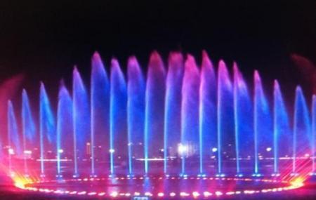 Autumn Water Square, Nanchang