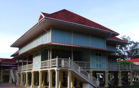 Maruekhathaiyawan Palace Cha-am Image