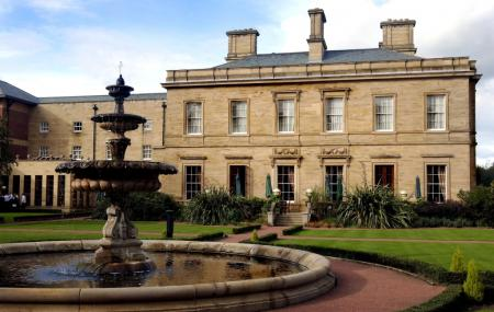 Oulton Hall, Leeds