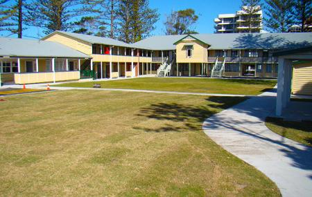 Kirra Hill Community Center, Coolangatta