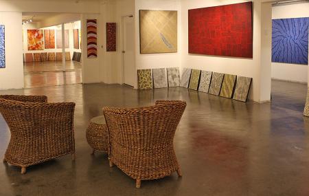 Boomerang Art-aboriginal Fine Art Gallery, Southport