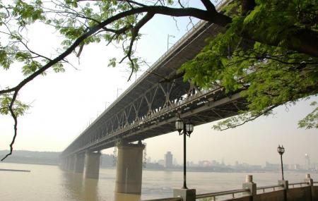 Wuhan Yangtze River Bridge, Wuhan
