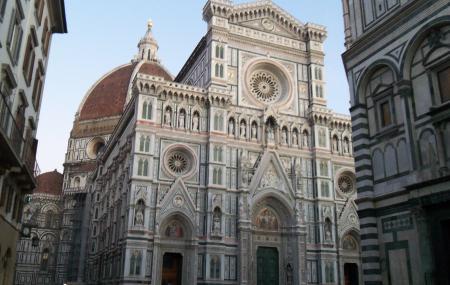 Piazza Del Duomo Image