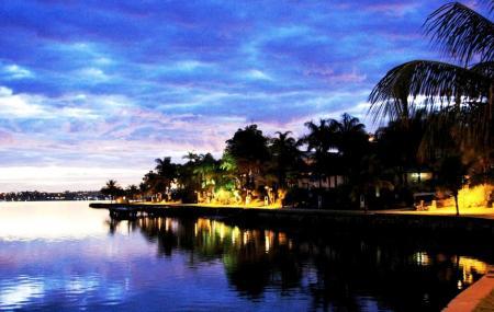 Pontao Do Lago Sul Image