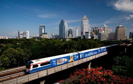 B T S Skytrain Image