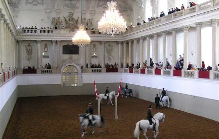Spanish Riding School Image