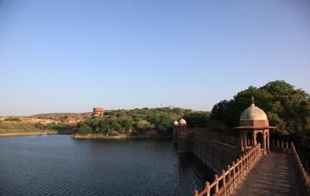 Balsamand Lake And Garden Image