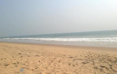 Baliharachandi Beach, Puri