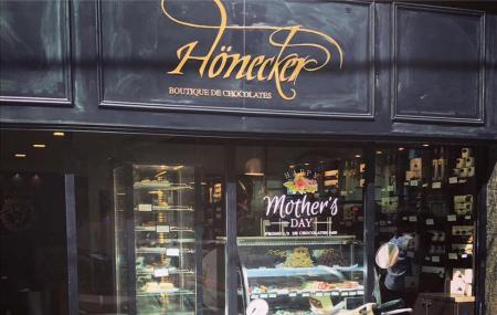 Honecker Boutique De Chocolates, Termas De Rio Hondo
