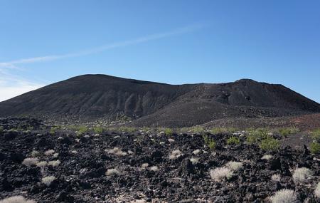 Pisgah Crater, Needles