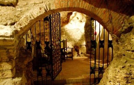 Faust Wine Cellar, Budapest