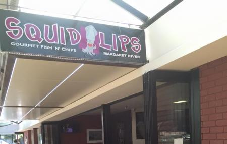Squid Lips Fish & Chips Image