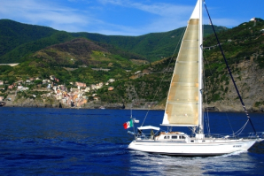 Sailing 5 Terre - Day Tours, La Spezia