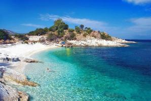 Bataria Beach, Kassiopi